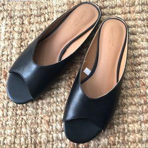 NWOT open toe black loafers sz8